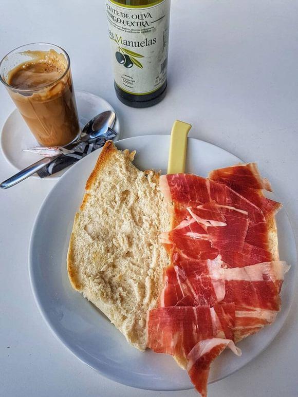 colazione_siviglia_jamon