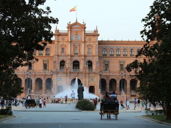 plaza-espana-parque-maria-luisa