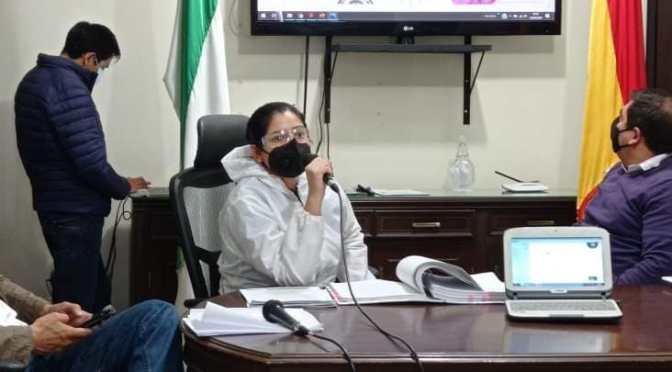 Gobierno Municipal de Yacuiba afirma que las computadoras chinas son obsoletas