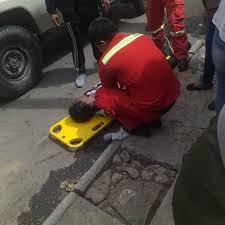 Joven de 34 años muere tras caer en una acera sobre la calle Abaroa en  Tarija