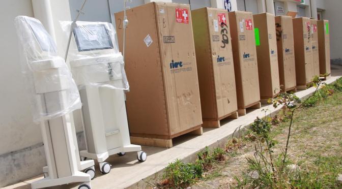 Gobernador Oliva entregó 10 respiradores modernos al HRSJD y entregará 5 al Chaco