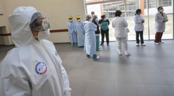 Comisión legislativa convoca a delegado ministerial por contratos de personal de salud