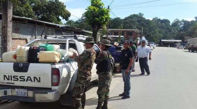 Murillo dice que secuestraron a tres policías en Chapare