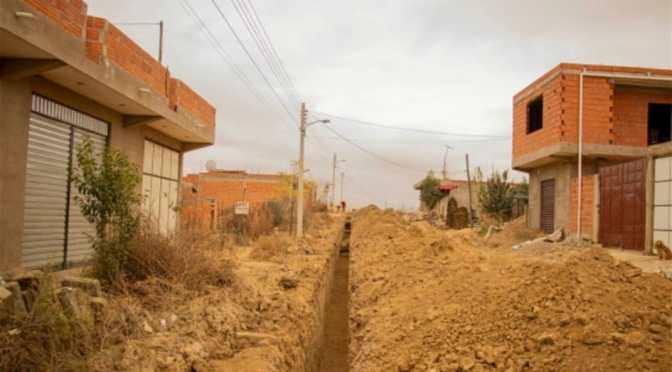 Licitan proyectos de agua potable y alcantarillado para 58 barrios
