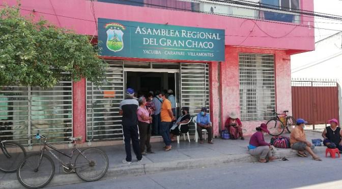 Adultos Mayores apuntan contra Quecaña por el proceso de licitación de la canasta