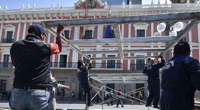 Arman 7 palcos y cierran calles en La Paz para la posesión presidencial