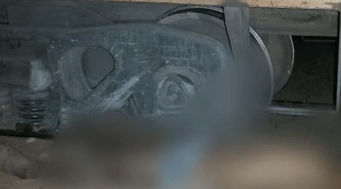 Hombre duerme sobre los rieles de un tren y es arrollado hasta morir