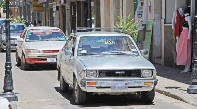 Seguridad y tarifas en taxis sin control por parte del municipio