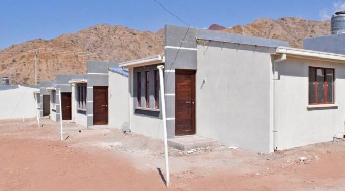 Campesinos de Bermejo gestionan proyecto de viviendas para sus afiliados