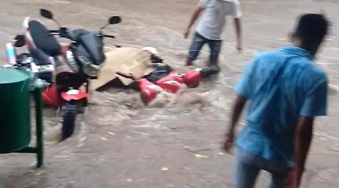 """""""Drenaje"""", el pedido de la población tras cada lluvia torrencial"""