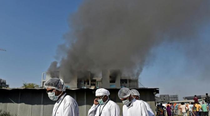 Cinco muertos en incendio en el mayor productor de vacunas del mundo, en India