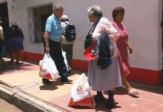 Piden a la Gobernación pagar  a proveedoras para reanudar entrega de canasta alimentaria