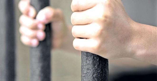 Dan 25 años de cárcel a un joven por violar a su sobrina de 8 años
