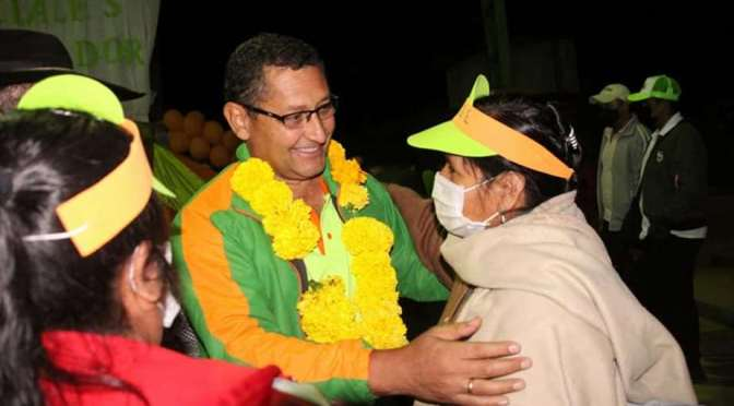 Óscar Montes busca fortalecer su alianza para la segunda vuelta en Tarija