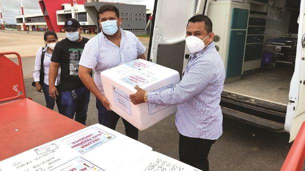 Tarija queda fuera de los departamentos que reciben la vacuna de Oxford/AstraZeneca
