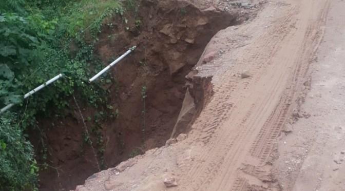 ABC interviene en el tramo Isiri-La Central para reponer alcantarilla y reparar plataforma