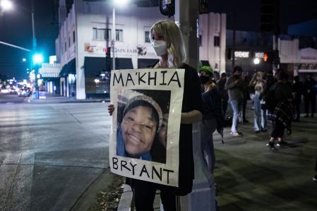 Policía acribilla a joven negra en EEUU, generando una nueva polémica
