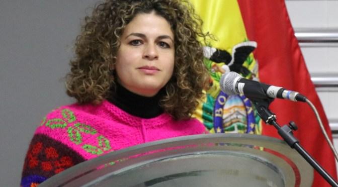 """""""De la Chungara que me parió, su hija de la Domitila soy"""", fue el ensayo literario premiado por el Ministerio de Trabajo"""