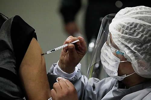 Tarija y otros cuatro departamentos sufren falta de vacunas contra el Covid