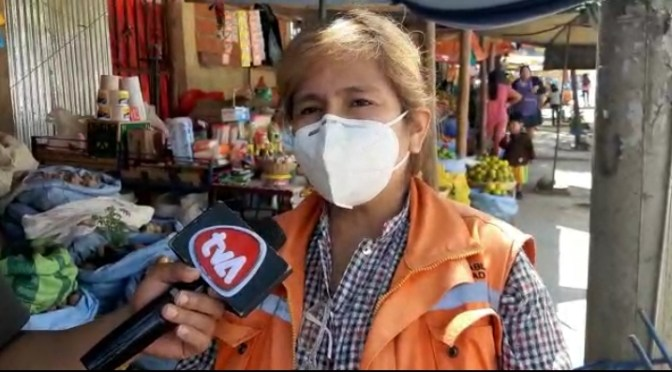 Intendencia decomisa utensilios de cocina en mal estado, tras inspeccionar mercados