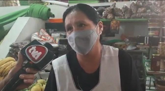 Vendedoras amenazan con «levantar» a los ambulantes del Mercado Central