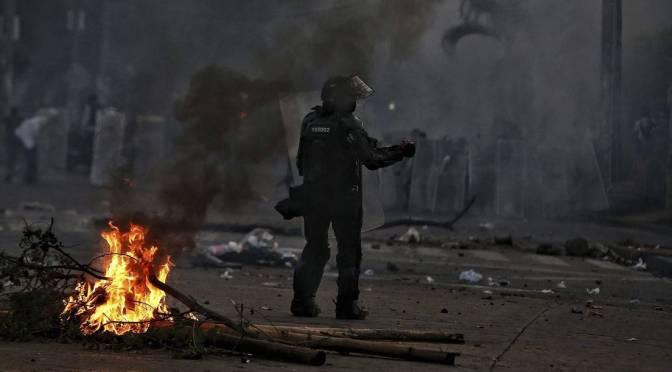 El Ejército colombiano, otra vez en las calles