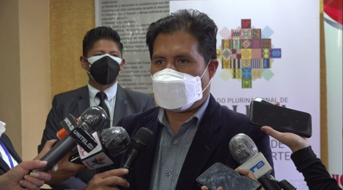 AUZA: BOLIVIA ANTES DE FIRMAR CONTRATOS PARA ADQUIRIR VACUNAS CONTRA LA COVID-19 VERIFICA LA LEGALIDAD DE OFERTANTES Y NO TIENE NINGÚN COMPROMISO CON INTERMEDIARIOS