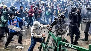 Las consecuencias del 'Plan Colombia' de EE.UU. apoyado por el rey Juan Carlos I