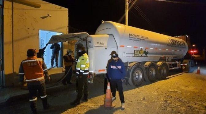 La escasez de oxígeno persiste y las 5 toneladas enviadas por el Gobierno se retrasan