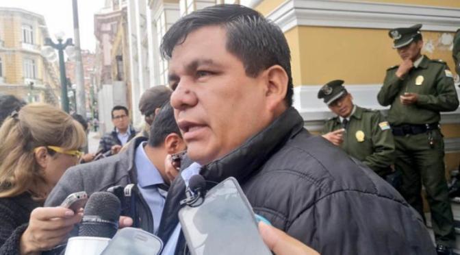 Exsenador revela que el MAS negoció con el Gobierno de Áñez que no se anule su personería