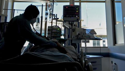 Chile se acerca al colapso por coronavirus con el 97% de las UTI llenas<br><br>