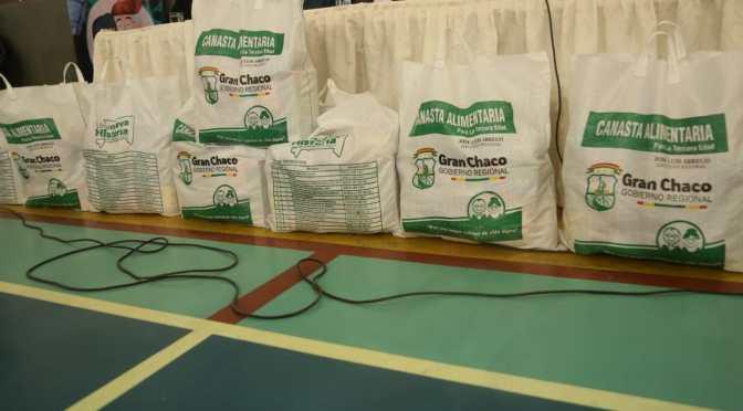 Empieza la distribución de canastas de alimentos a más de 9.000 adultos mayores