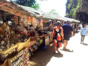 khao ping kan market