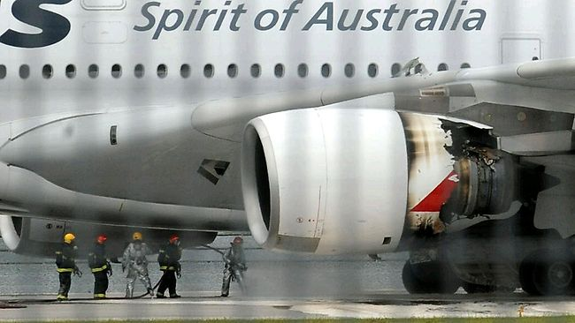 885737-qantas-engine-blast