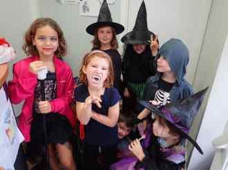 Halloween 2016 - Draculas, brujas, esqueletos y todos los monstruos