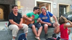 Algunas familias de Andantino disfrutando en Saluzzo