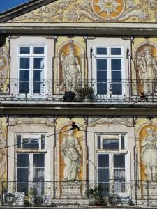 Skaista fasade
