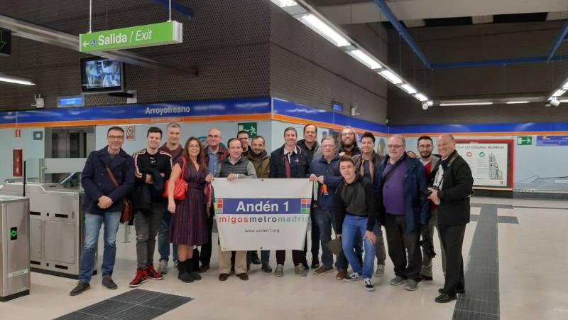 Socios de Andén 1 en la apertura de la nueva estación de Arroyofresno , Madrid, marzo de 2019