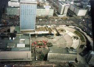 11. Der Alexanderplatz von oben im Jahr 1997