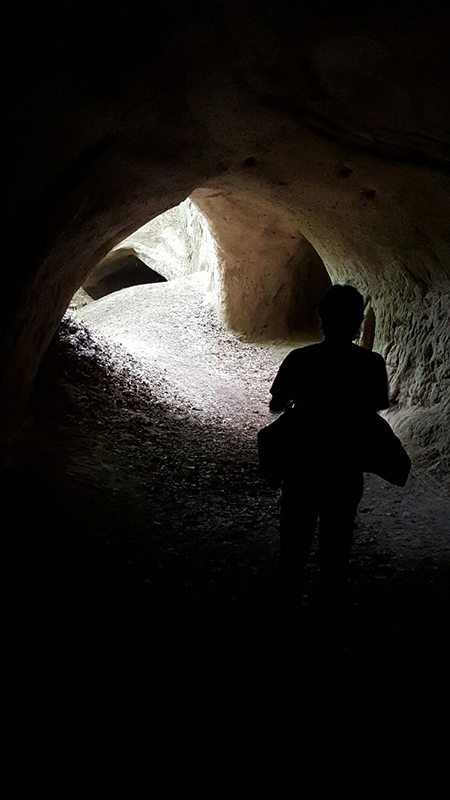 Hier steht ein Bild mit dem Titel: Kein Gespenst – nur der Autor (etwas unterbelichtet) (Foto: Norbert Schneider)