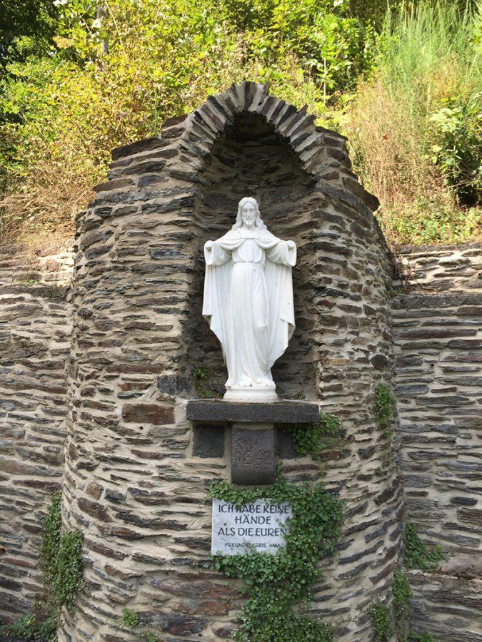Eine Christus-Skulptur ohne Hände hinterlässt jedes Mal Spuren bei mir