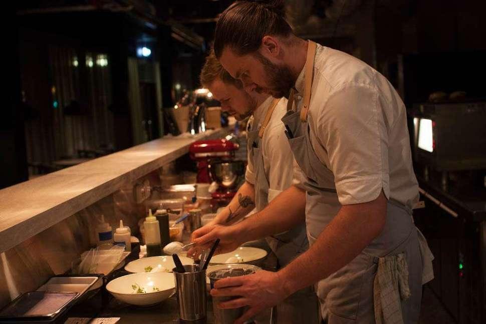 Focused chefs!