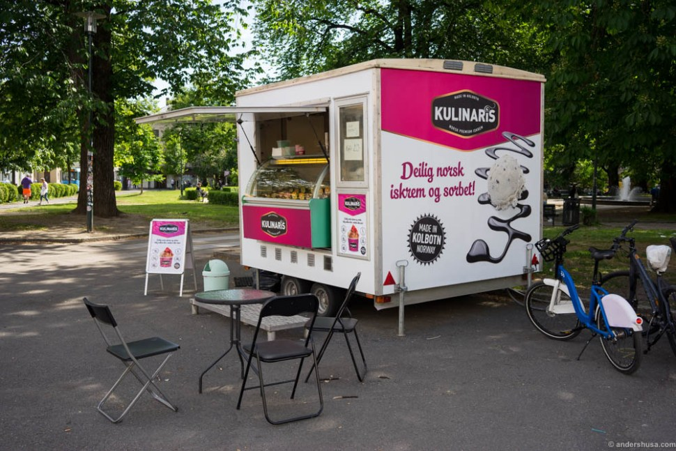 Kulinaris has a sort of food truck parked at Olaf Ryes plass during the summer season