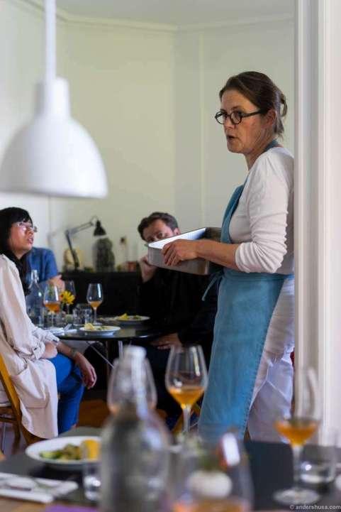 Katrine Klinken presenting the produce
