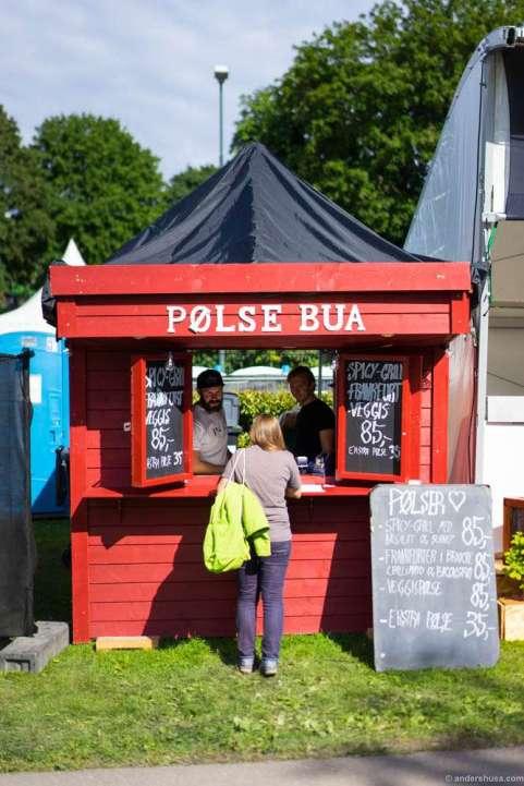 """""""Pølsebua"""" by Anni's Pølsemakeri"""