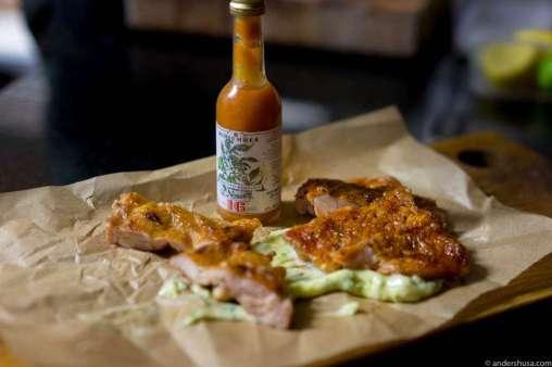 Crispy chicken, tarragon mayo & fermented Midsummer hotsauce