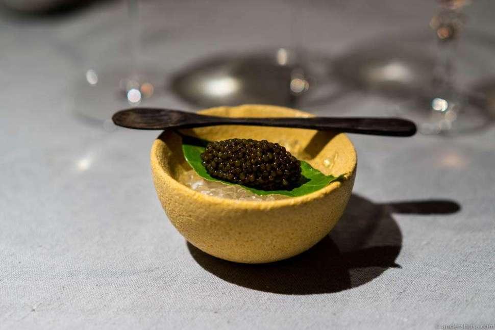 12 grams of sturgeon caviar on the side