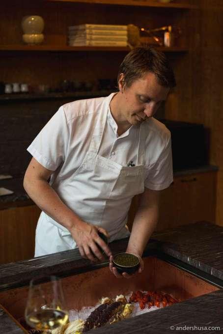 Head of R&D, Viktor Westerlind, presenting the produce