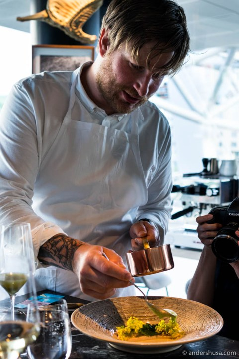 Esben serving one of the very few dishes Maaemo has made with chicken