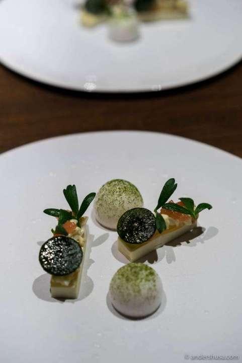 Dungeness crab, grapefruit, Champagne & bay leaf